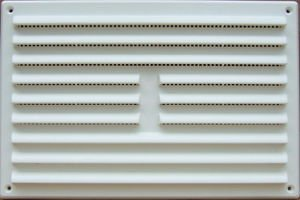 Louvred Vent And Flyscreen