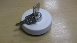 Locking Water Filler Cap White
