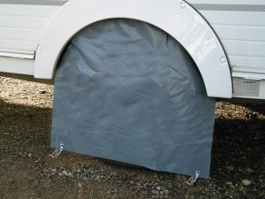 Wheel cover for motorhome
